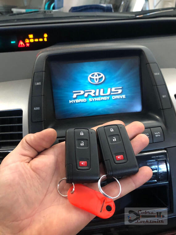 New smart keys made on the spot for Toyota Prius at West Austin area